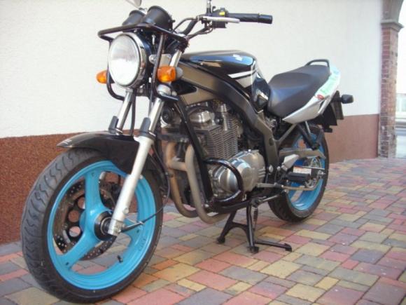Suzuki GS 500 Klasse A 18